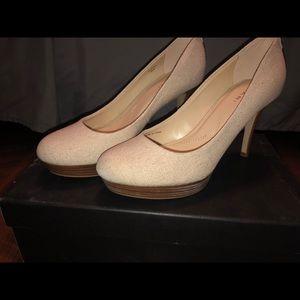 Tahari shimmery heels